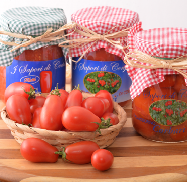 i-sapori-di-corbara-tris-vetro-corbarini-acqua-sale-filetti-pomodoro-sua-eccellenza-corbari-succo-corbarino-pomodorini-