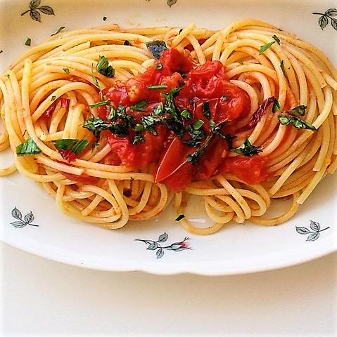 Scarpariello allo spaghettone con pomodorino di Corbara